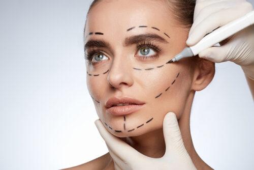 الجراحة التجميلية التي لاقت رواجا كبيرا لدى النساء والرجال